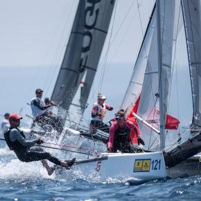 El Campeonato del Mundo de F18 deja listas las clasificaciones y comienza las finales con los catamaranes griegos y australianos a lacabeza